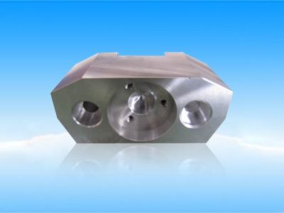 铝材氧化对零件尺寸影响